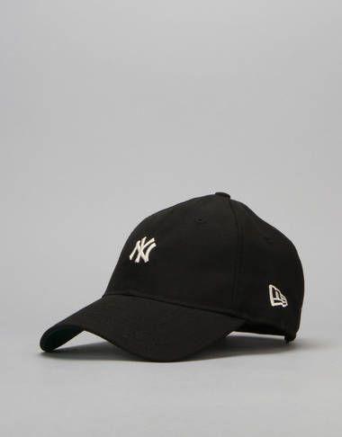 45e31c9e454 New Era 19Twenty MLB New York Yankees Classic Snapback Cap - Black -  RouteOne.co.uk