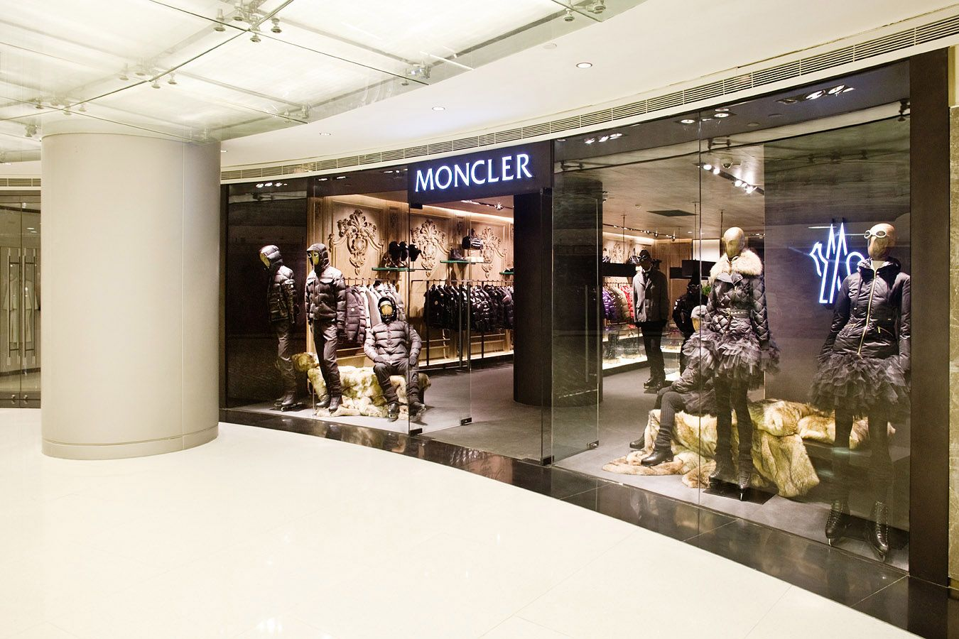 moncler outlet new york