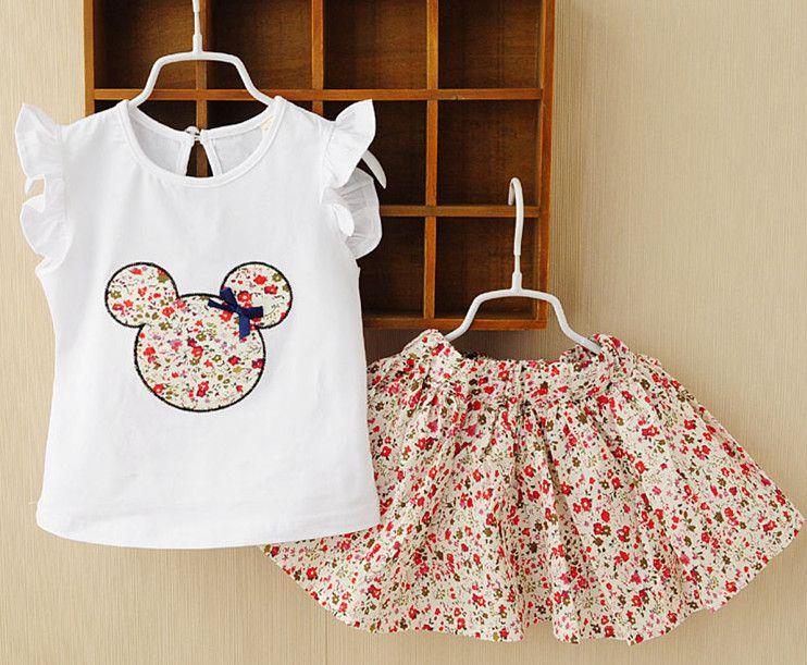 885fabf0286ca Livraison gratuite 2015 filles enfants porter un vêtement robe mickey ours  floral robe sans manches vêtements pour enfants dans Tenues de Produits  pour ...