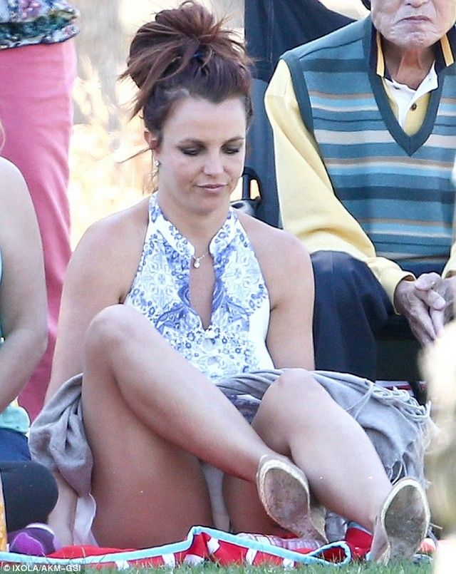 Britney spirts upskirt