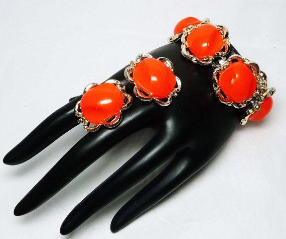 Retro Neon Orange Bracelet & Earrings Set - 1960's - 1970's MOD Demi Parure with Lucite Cabs - Groovey Vintage Jewelry