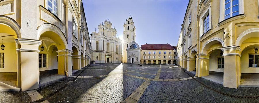 Vilnius, este o adevărată bijuterie baltică!