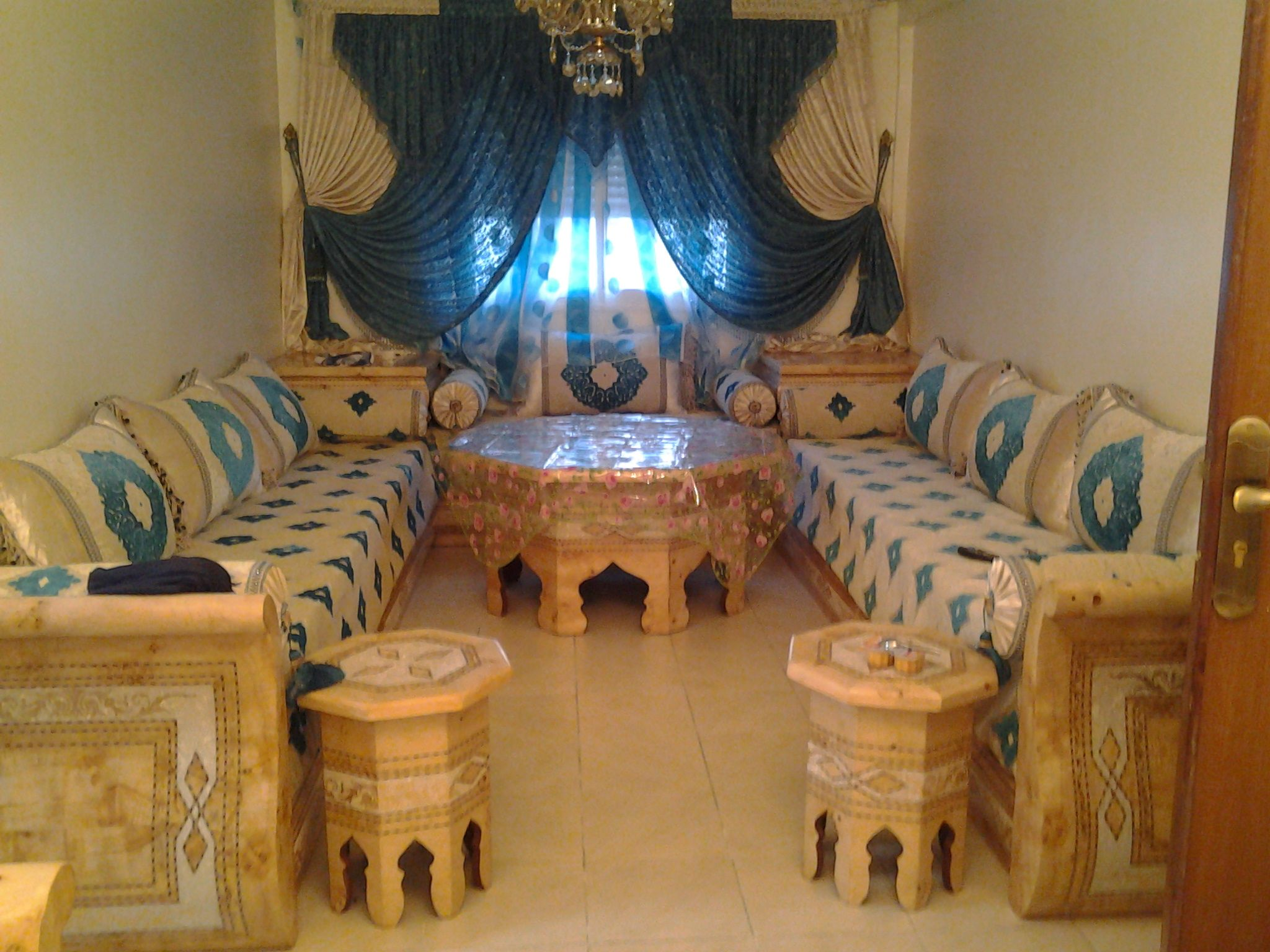 Salon Marroqui En Madrid Salon Marocaine Salons Moroccan Decor Moroccan Living Room