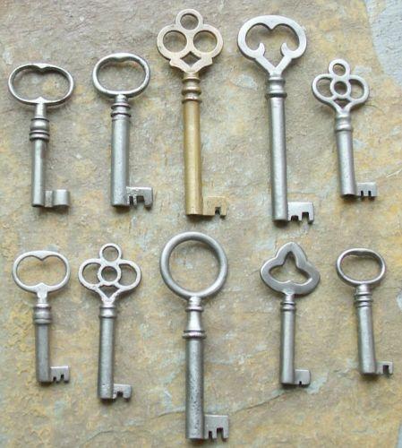 10-Antique-Furniture-Keys-Cabinet-Keys-Antique-Barrle- - 10 Antique Furniture Keys Cabinet Keys Antique Barrel Keys Antique
