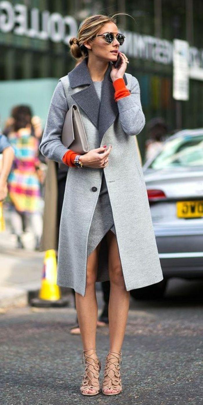 olivia palermo avec un manteau long gris, talons hauts sandales beiges 5d506a48a11c