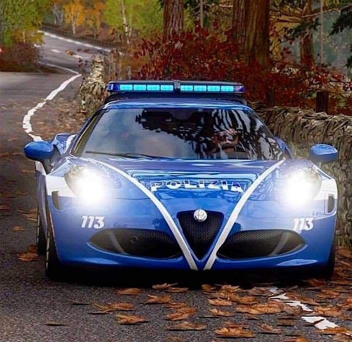 Pin Di Gánor Su Alfa Romeo Nel 2020