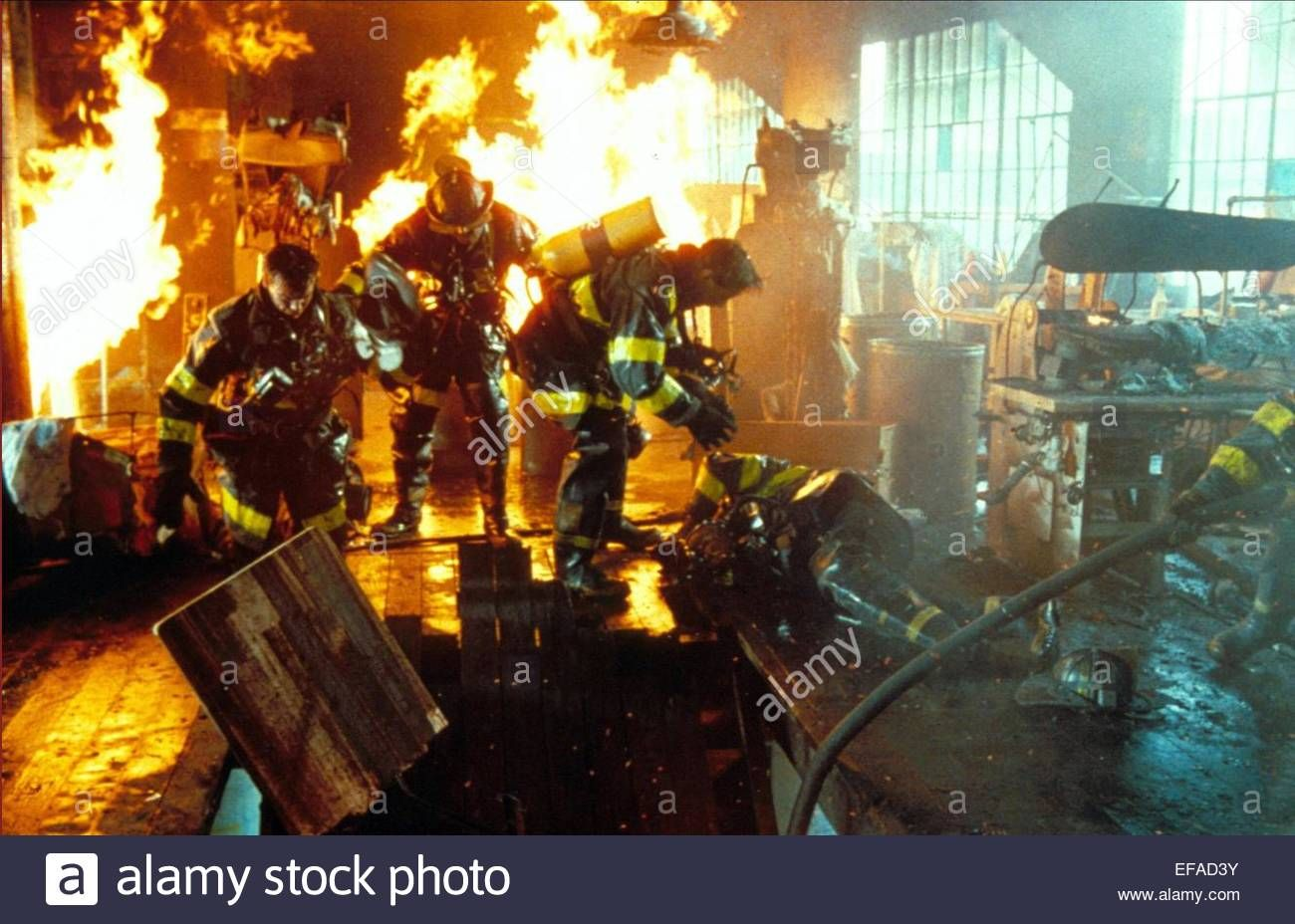 Download this stock image: FIRE SCENE BACKDRAFT (1991) - EFAD3Y from Alamy's library of millions of high resolution stock photos, illustrations and vectors.
