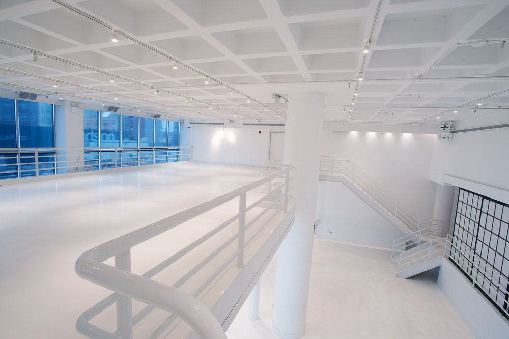 404 S Beautiful All White Raw Space Nyc Venue Minimalism Diy Event Venue Spaces Event Space Loft Spaces