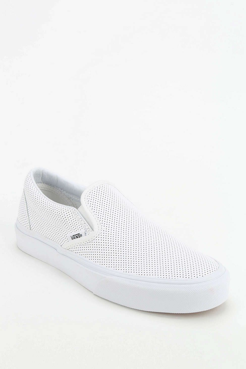 a1493c456f Vans Perforated Leather Women s Slip-On Sneaker Sz 8 ...