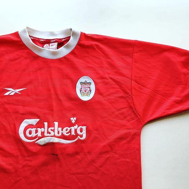 429209e0823 Liverpool home 1998 2000 🔴⚪ link in bio ☝  liverpool ...