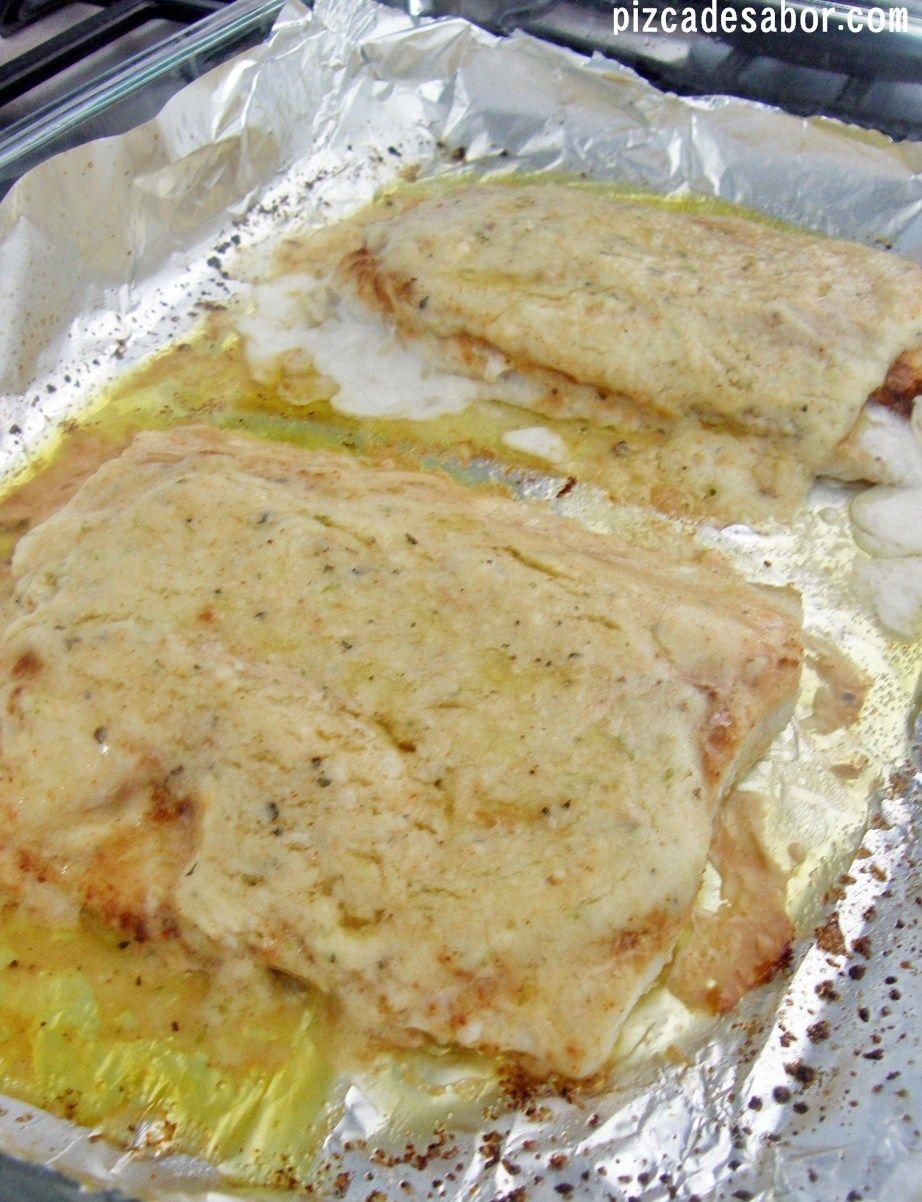 Pescado Al Parmesano Y Limón Pizca De Sabor Receta Pescado Con Queso Recetas De Pescado Al Horno Pescado Al Horno