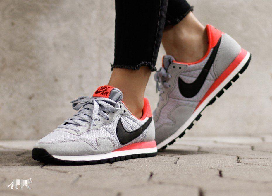 Nike wmns Air Pegasus 83 (Wolf Grey Black Bright Crimson
