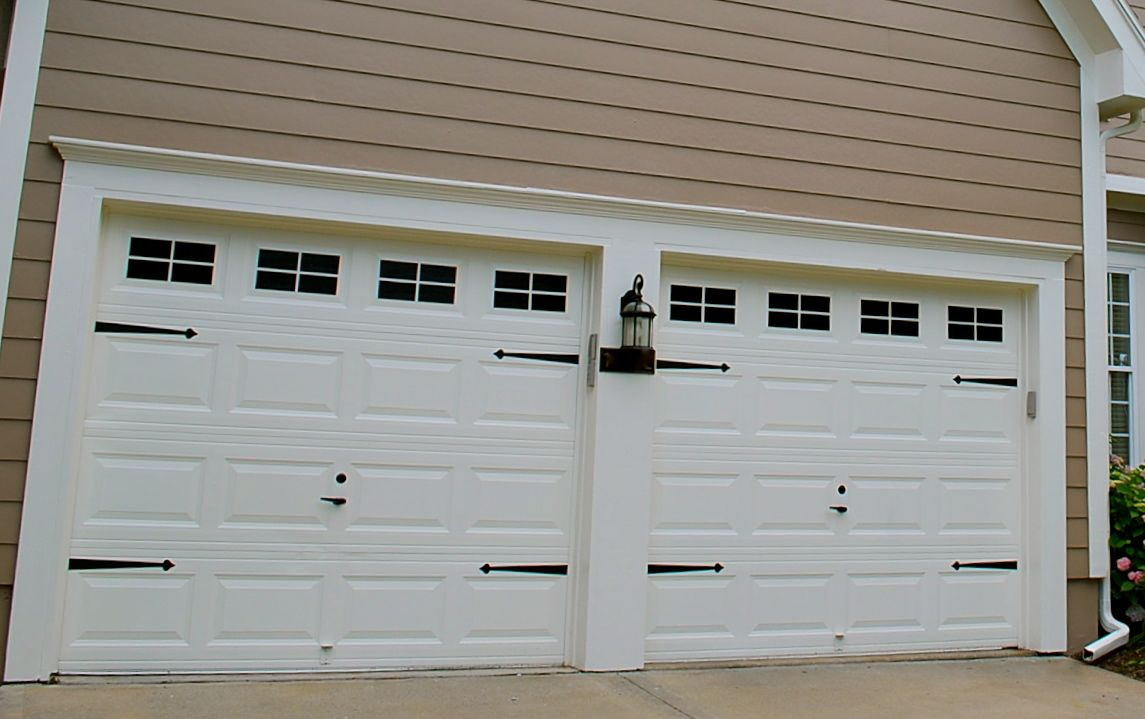 Garage Door Windows Painted On Everything Plus Hardware Under 45 00 Go To Livinglifeonless Debbie Blogsp Garage Doors Single Garage Door Garage Door Windows