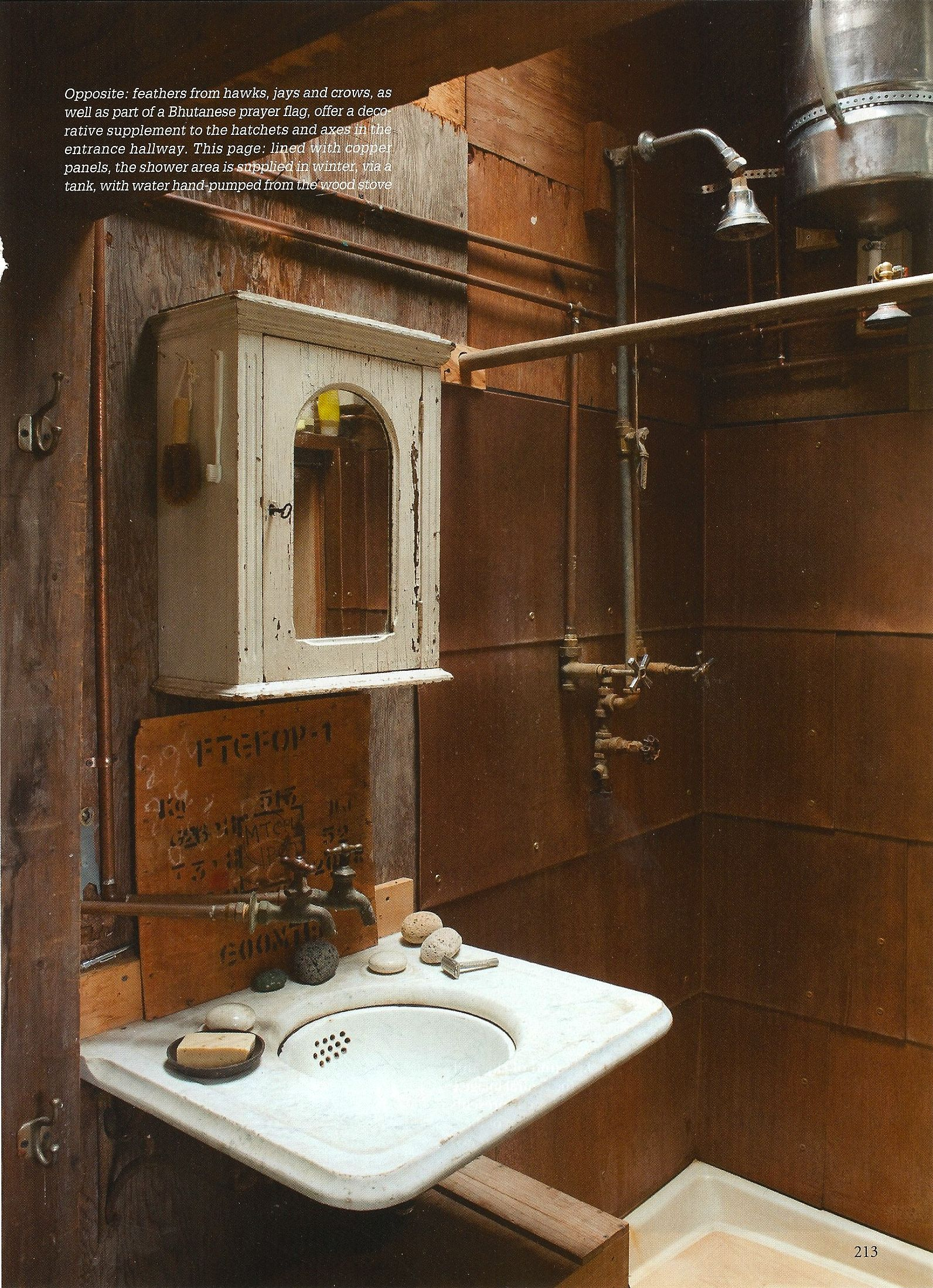exposed plumbing (With images) Bathroom industrial chic