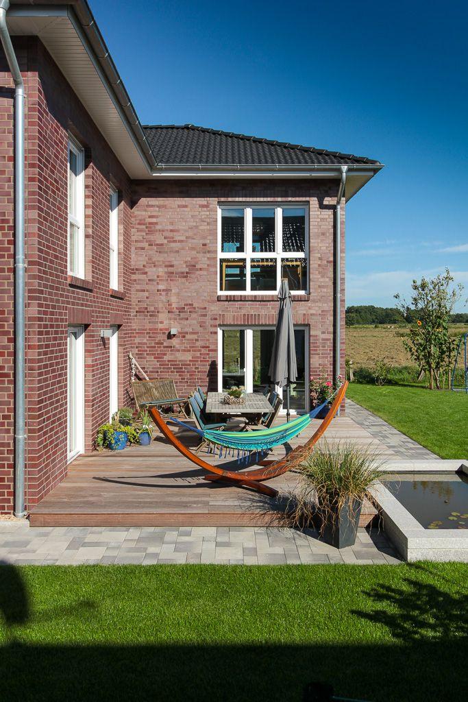 winkelstadtvilla mehrgenerationenhaus haus bauen wohnen terrasse garten wohnen in 2019. Black Bedroom Furniture Sets. Home Design Ideas