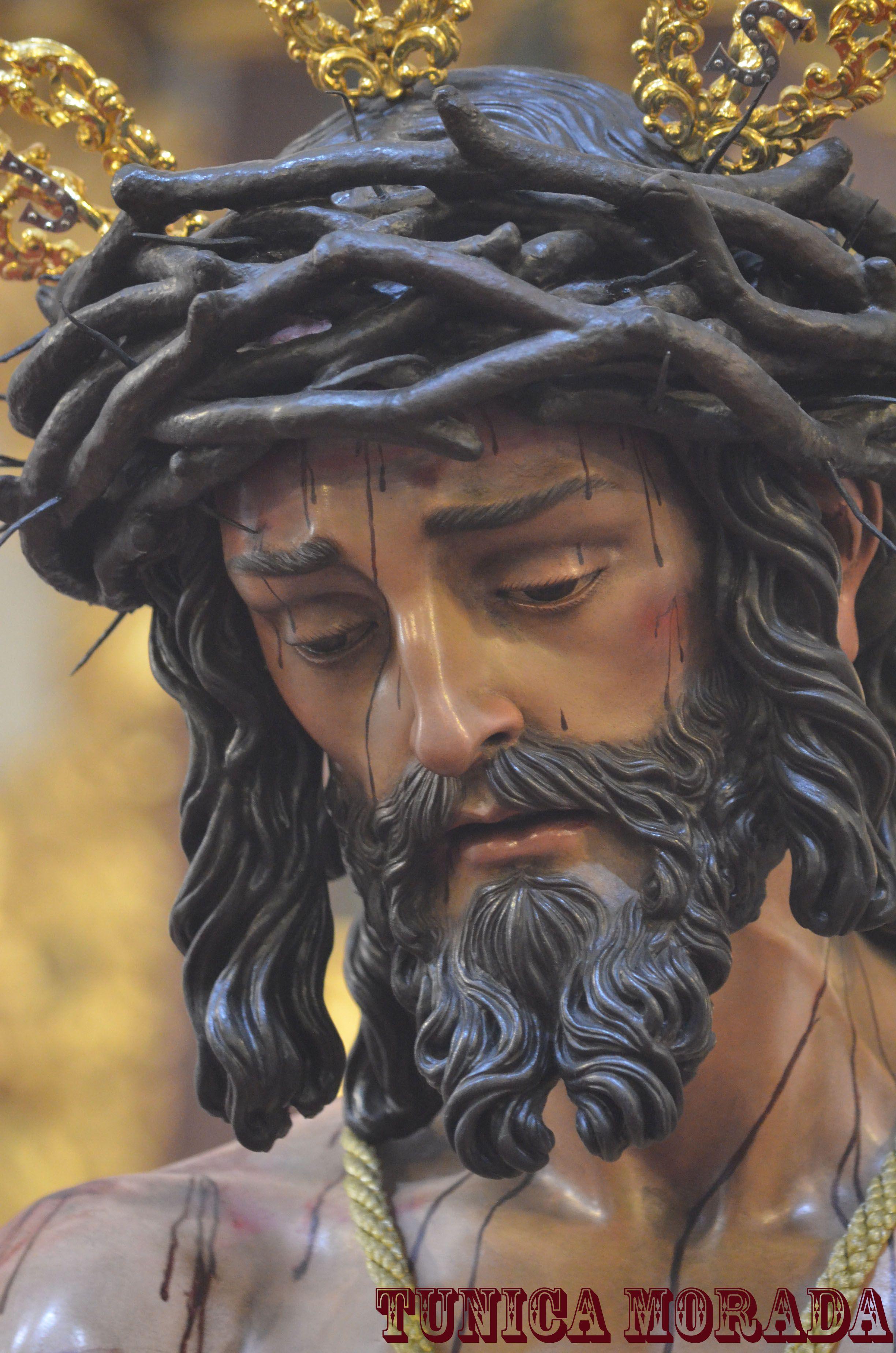 Stmo Cristo De La Humildad En Su Presentación Al Pueblo Santuario Victoria Málaga Jesus Christ Statue Jesus Art Jesus Painting
