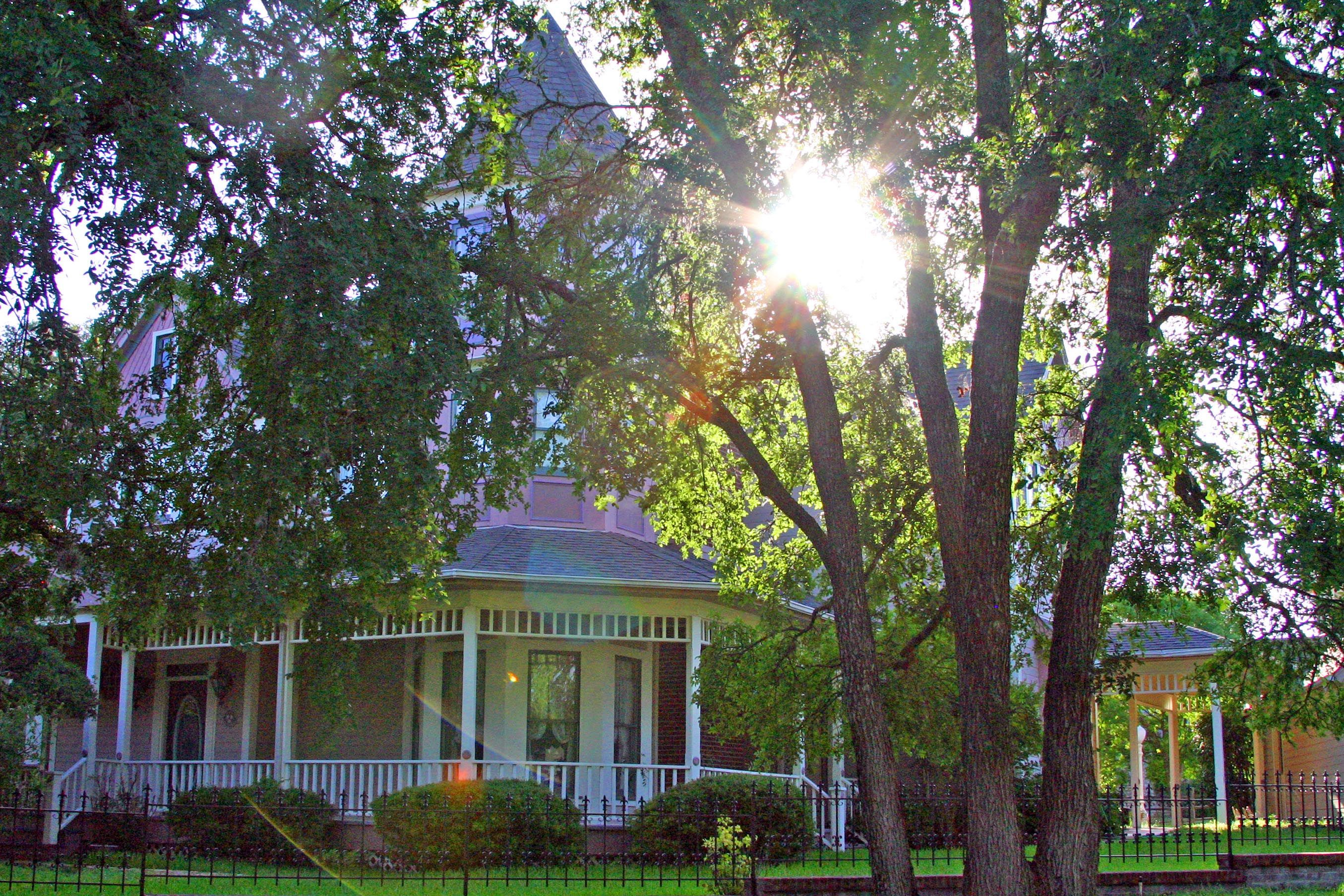 Beautiful Victorian home | Salado TX | Deborah Williams Photography