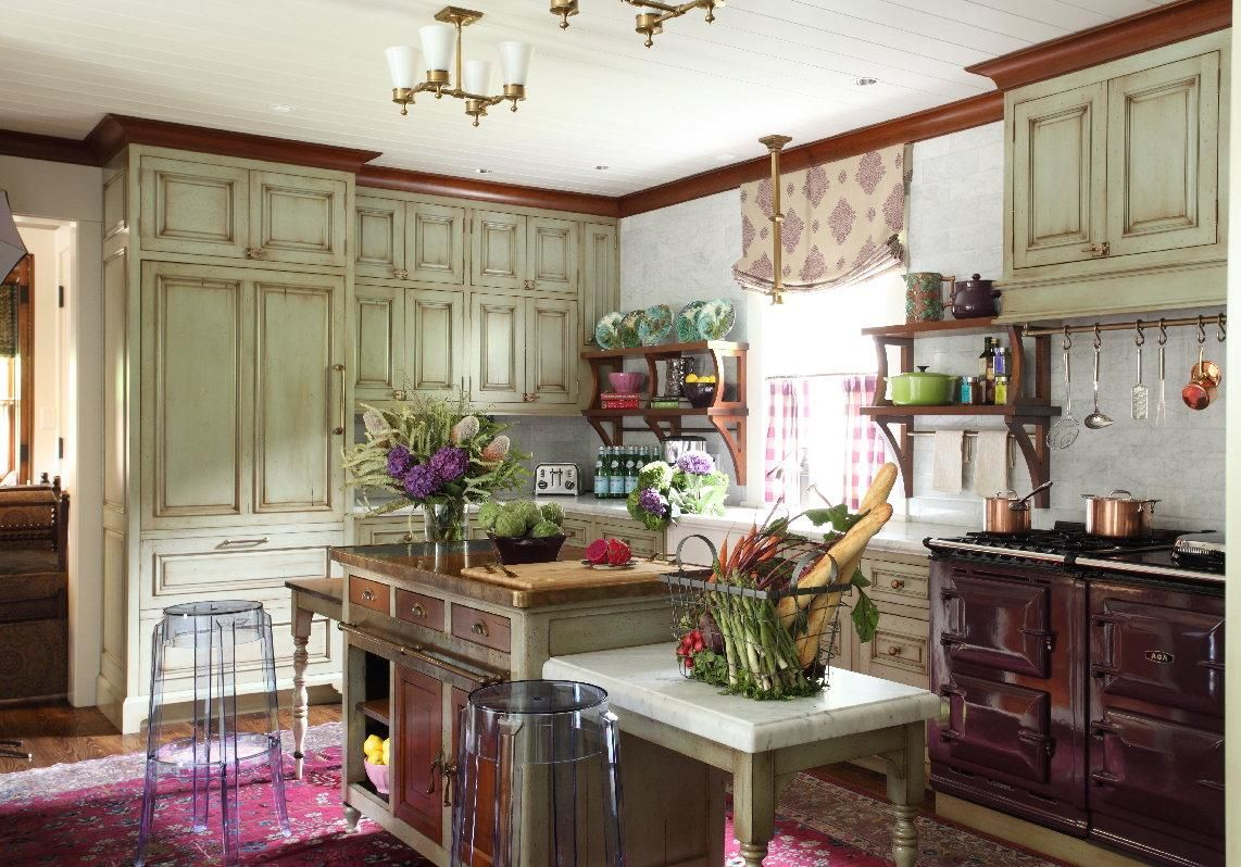 French country rustic with smatterings of modern pieces.