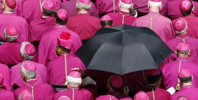 Addio allo Ior?  Il Papa potrebbe ristrutturare o anche chiudere l'Istituto per le opere religiose, più volte al centro di scandali finanziari. (Reuters/Stefano Rellandini)