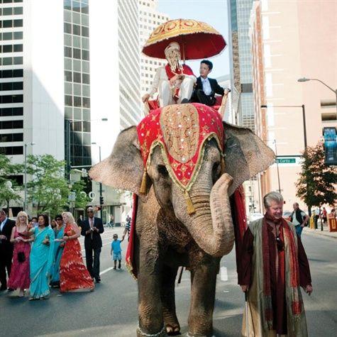 Traditional Hindu Baraat Procession Interfaith Wedding Baraat Procession India Wedding