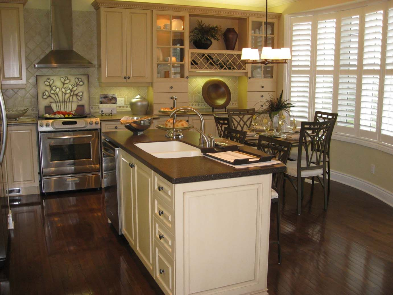 Antique white cabinets kitchen - White Kitchens With Dark Floors Countertops 2 Dark Floors Antique White Cabinets