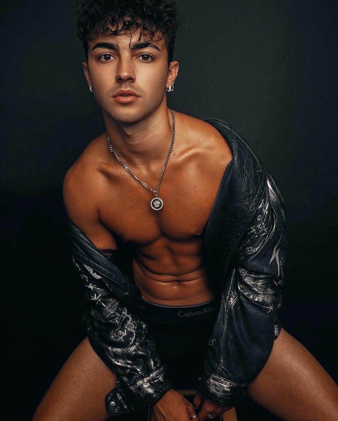 Samuel López ♥️ | Perfect boy, Cute guys, Favorite celebrities