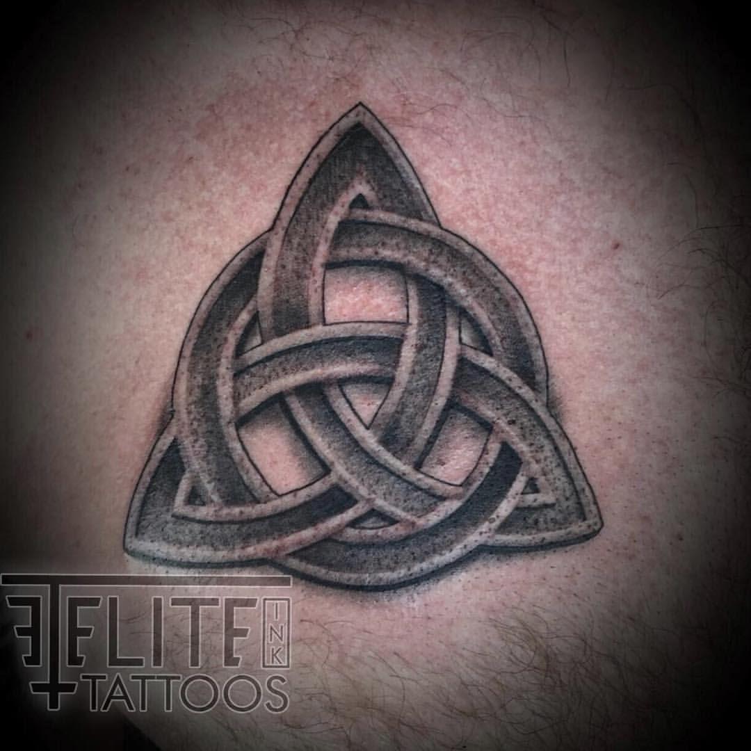 claddagh signification tatouage
