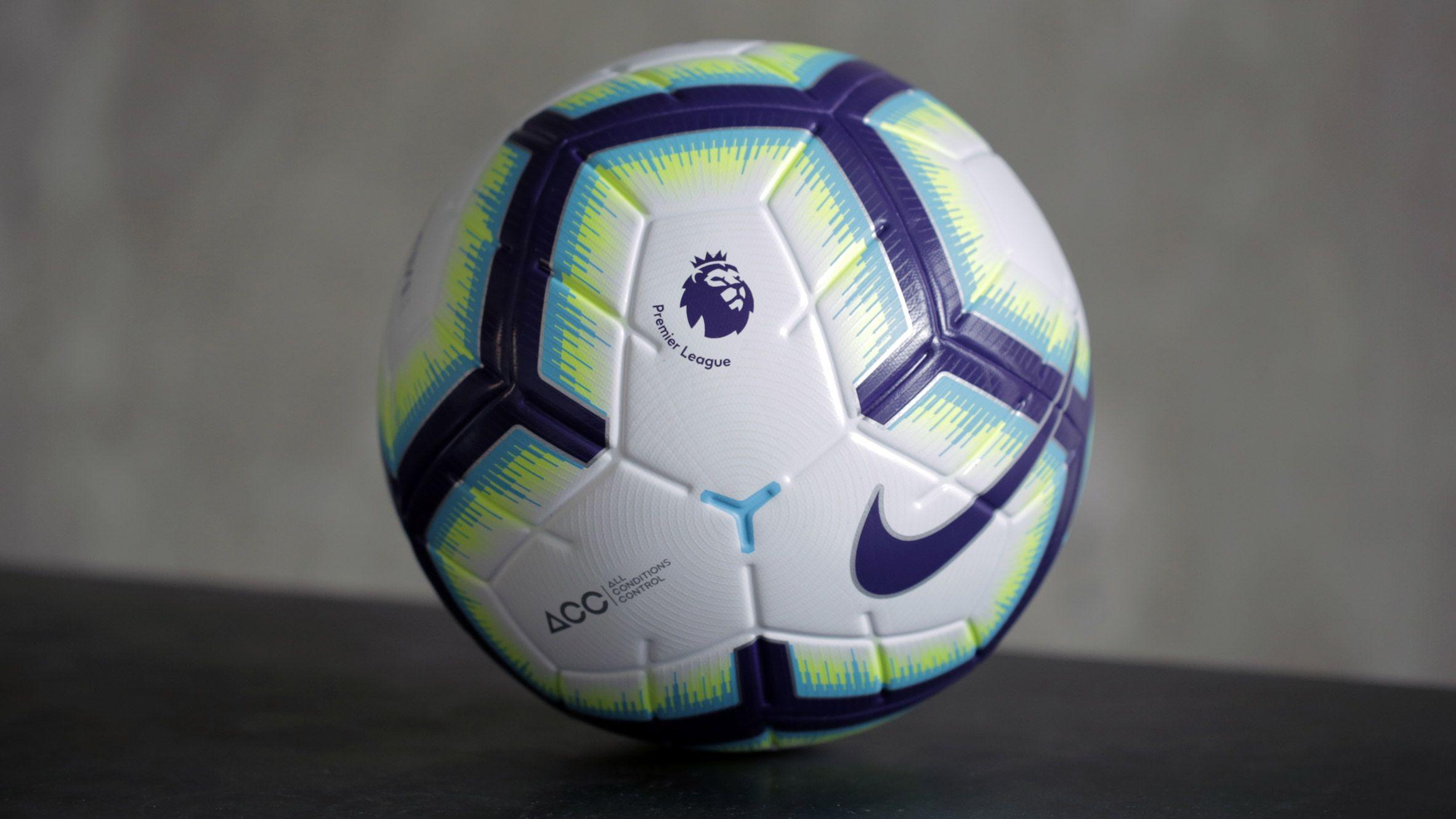 Nike Unveils Official Merlin Football For New Premier League Season Avec Images