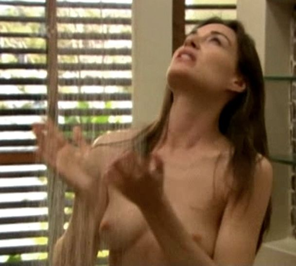 claire-forlani-naked-gifs-thick-busty-naked