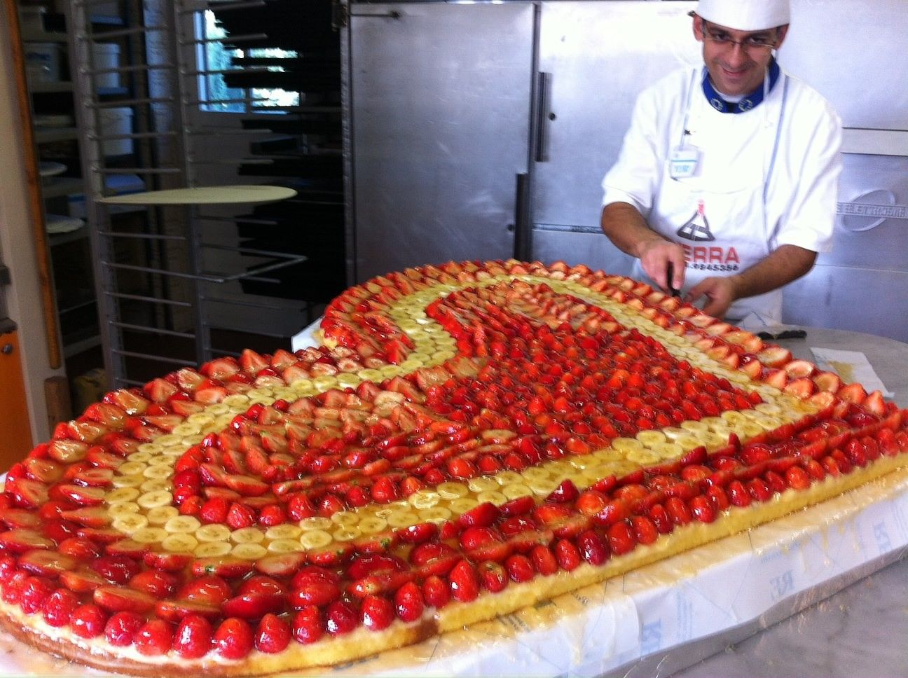 Il Grande Cuore Del Pasticcere Luigi Re Pasticceria Re Di Campiglione Fenile To Torta Nuziale Torte Pasticceria