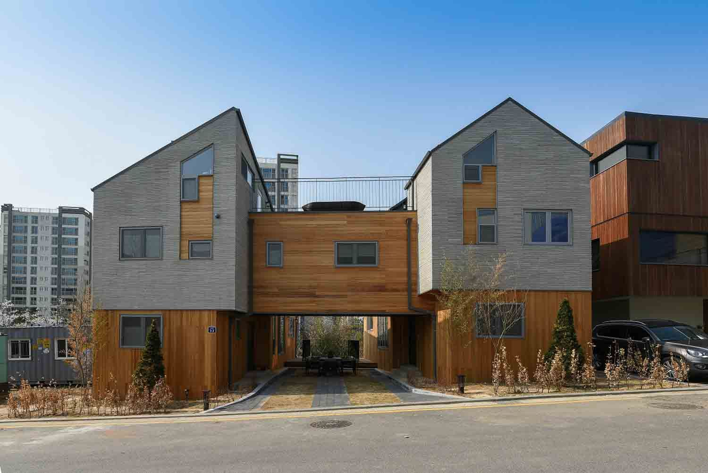 친구와 함께 지은 두 개의 집 하나의 공간 어울림이 있는 위례신도시 듀플렉스주택 H2j4 주거 문화 미디어 Phm Zine 듀플렉스 주택 벽돌 집 집