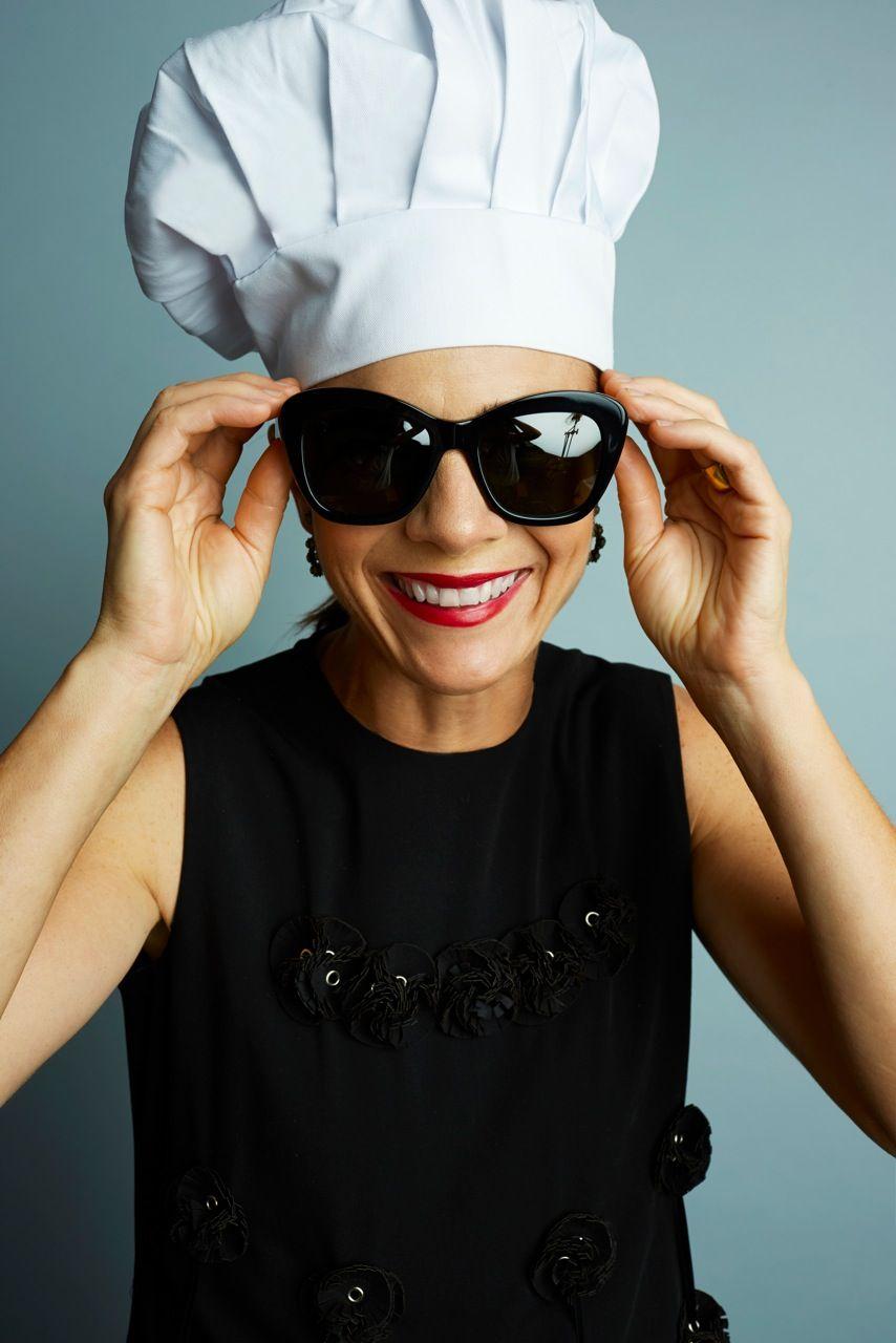 anteojos y a Suzanne chef Peoples La restauradora lentes óptico Goin viste Emmy Oliver vxTY5q