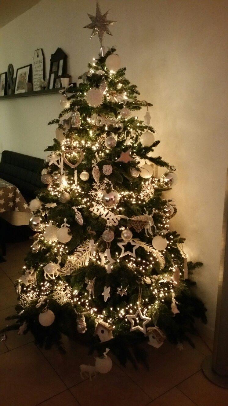 Kerstboom Wit Zilver En Hout Kerst Christmas Tree Christmas En