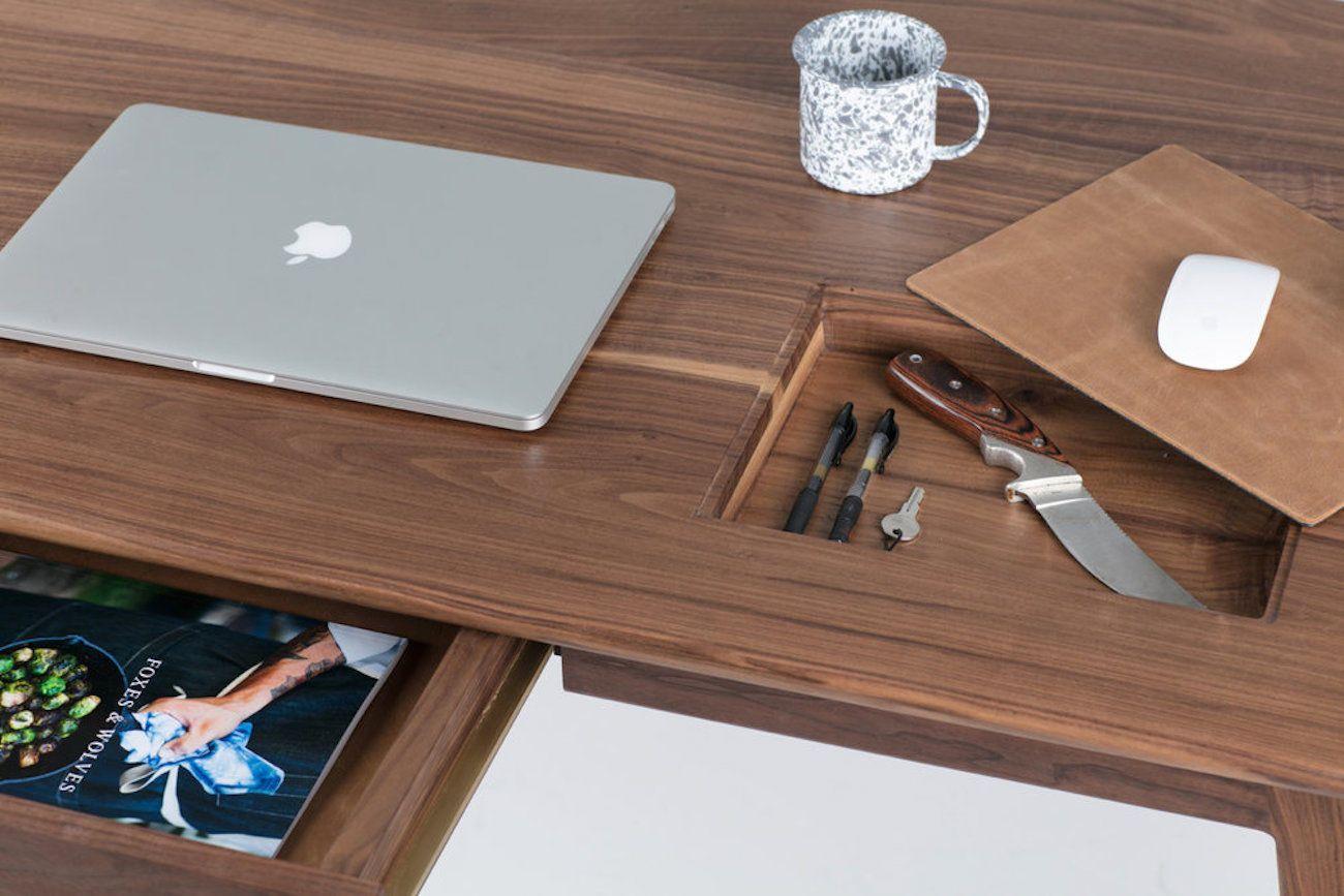 Wolf Lockable Wood Desk Desk Hidden Compartment Desk