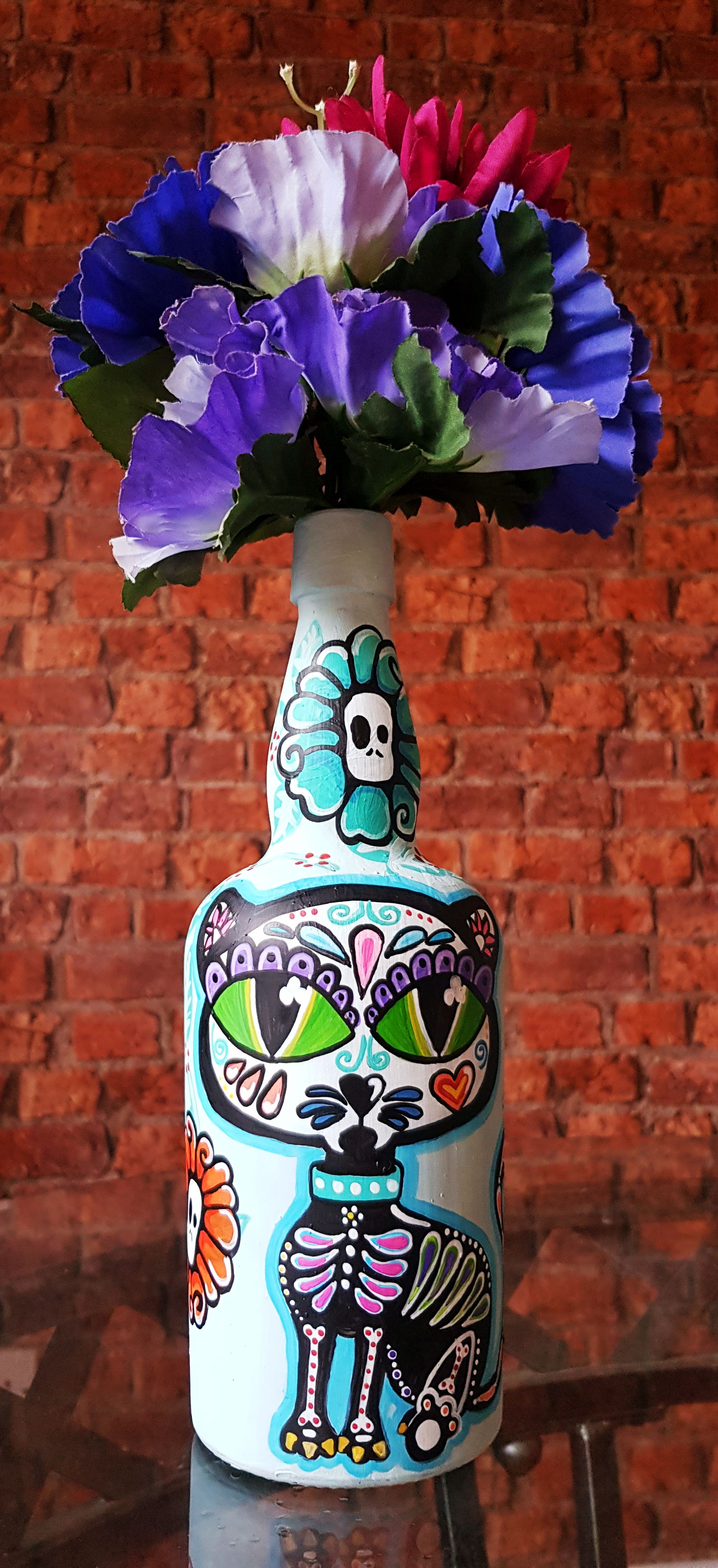 Mexican Day of the Dead Sugar Skull Kitty decorated bottle
