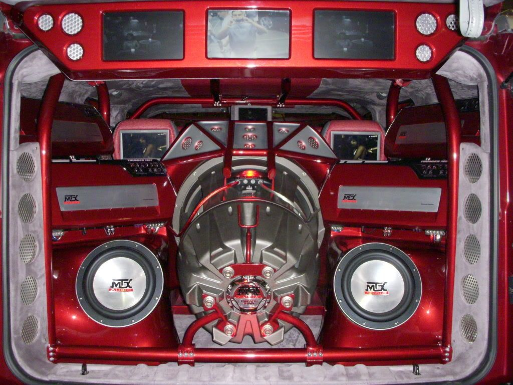 """11"""" JackHammer subwoofer install with Thunder11 subs and ... 