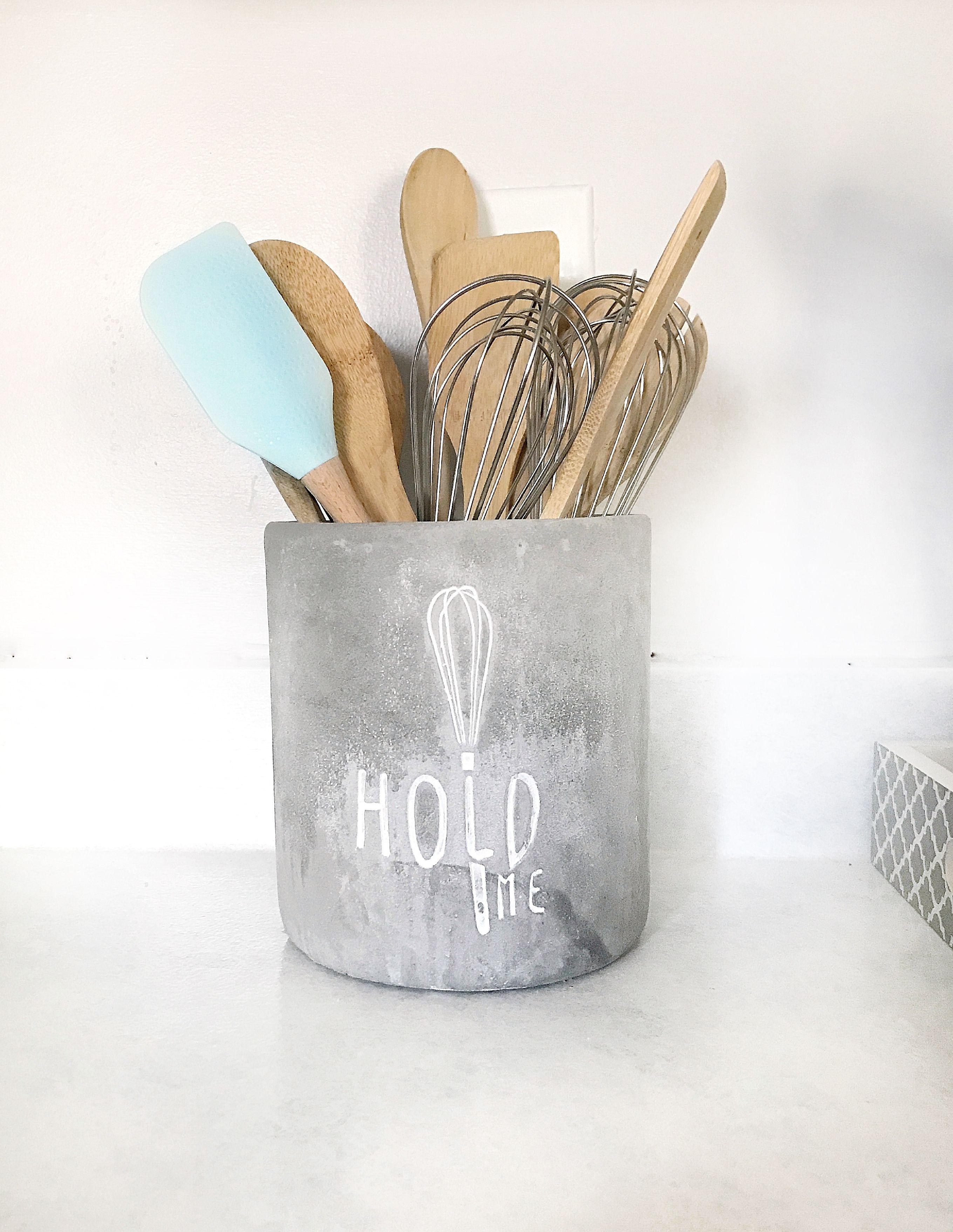 hold me kitchen utensils holder kitchen utensil holder bright kitchens clean kitchen on farmhouse kitchen utensils id=50523
