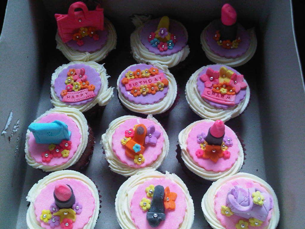 Artsy Craftsy Me: Girly girl cupcakes