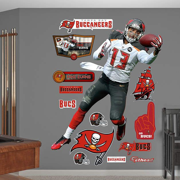 Fathead Tb Buccaneers Mike Evans Wall Graphic Mike Evans Tampa Bay Buccaneers Buccaneers