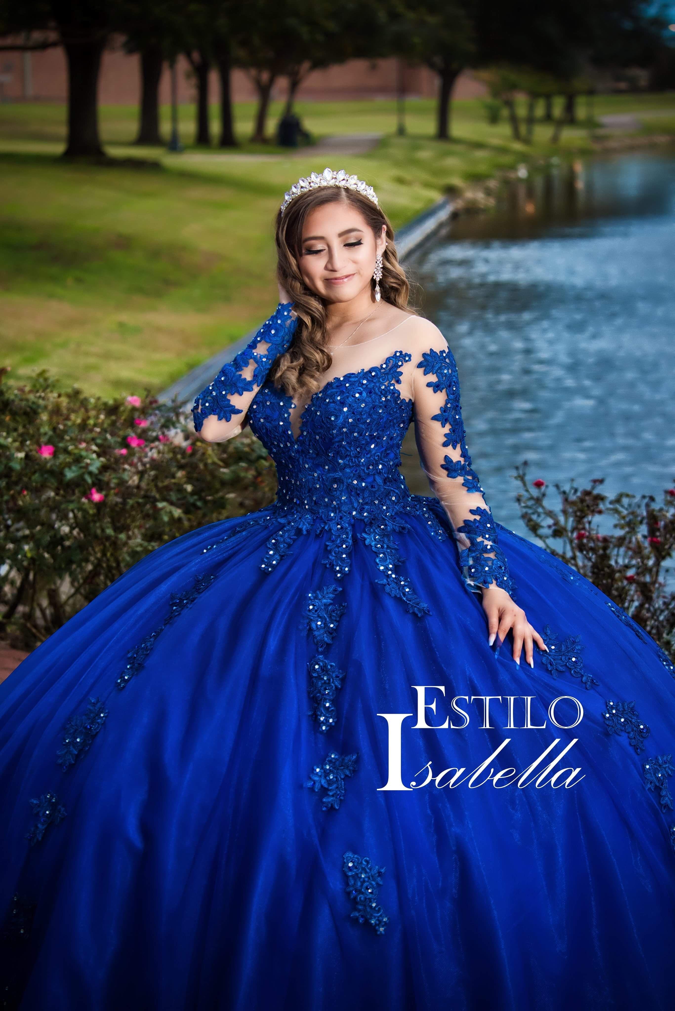 Pin By Estilo Isabella On Vip Customers Dress Quince Dresses Quince Dresses Mexican Mexican Quinceanera Dresses [ 4096 x 2733 Pixel ]