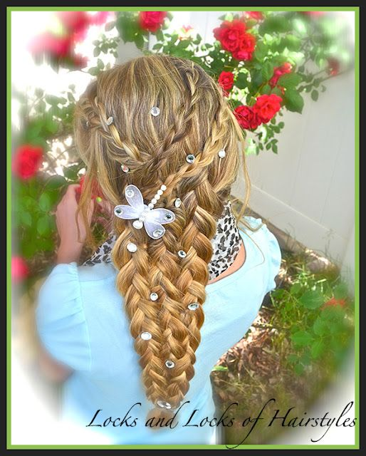 How To Do Rapunzel S Braid From Tangled This Is From A Link In Jamie Cooks It Up Awesome Hair Styles For Kids Hair Styles Rapunzel Braid Kids Hairstyles
