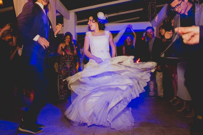 Aquela dança que contagia!   Destination Wedding Photographer Rio de ...