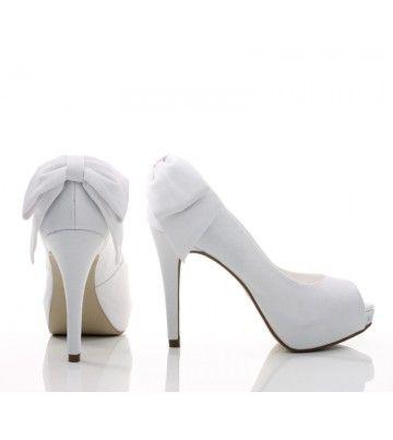 Sapato Noiva com laço   Sapatos de casamento, Sapatos