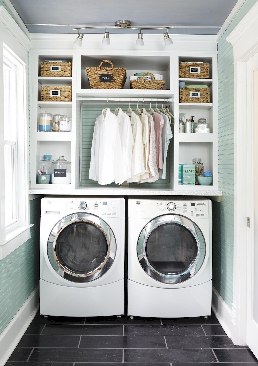 pictures of small laundry rooms