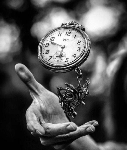 Uhr & Wecker - Uhr   - Uhr & Wecker - Clock - #amp #clock #Uhr #Wecker