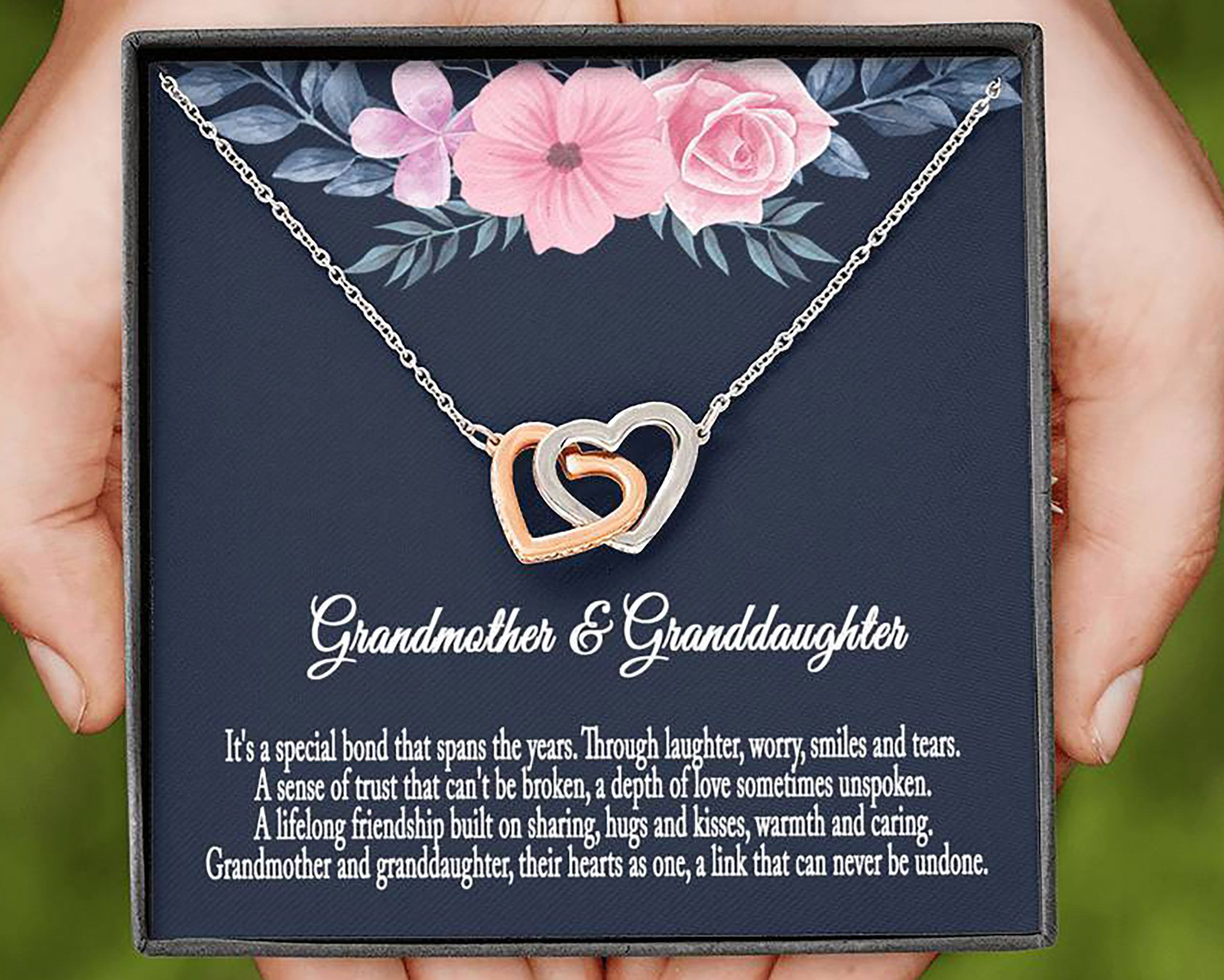 Grandma Birthday Gift Mother/'s Day Gift for Grandma Grandma Gift Gift to Grandma from Granddaughter and Grandkids Grandma Necklace