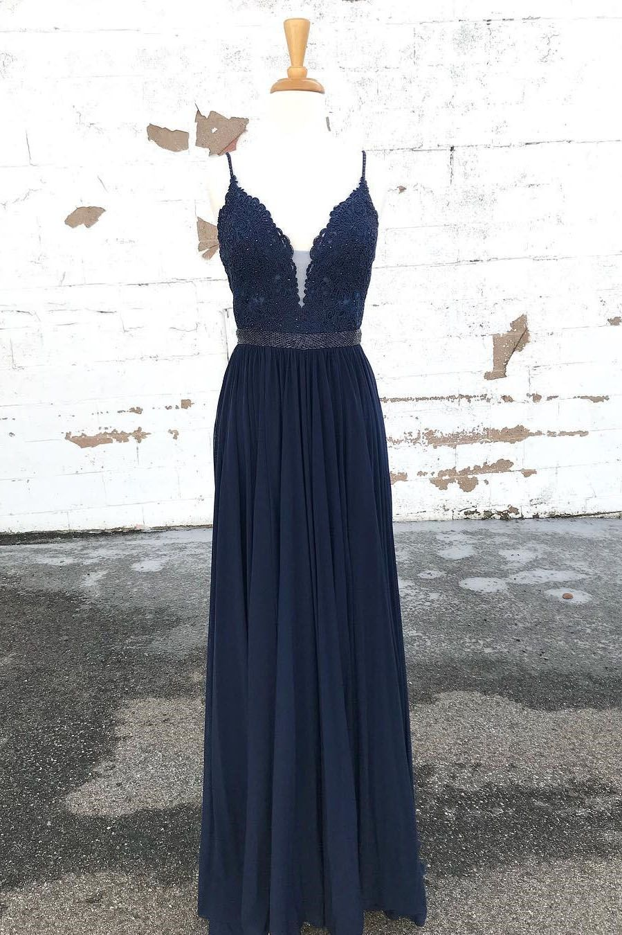 Gorgeous aline straps navy blue long prom dress in ball gown