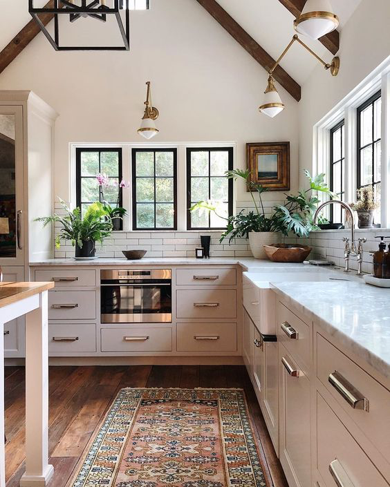 Gorgeous Kitchen Decorating Design Ideas From Cabinet Choices