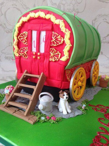 Gypsy wagon caravan  Cake by Jemlewkascupcakes1