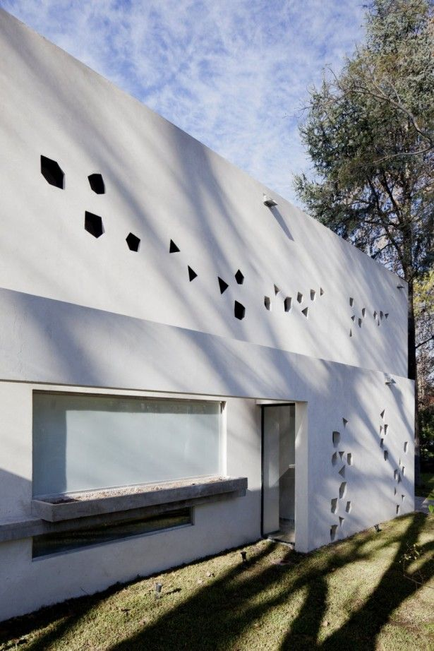 Architecture, Outstanding Large Contemporary BLLTT House By Enrique ...